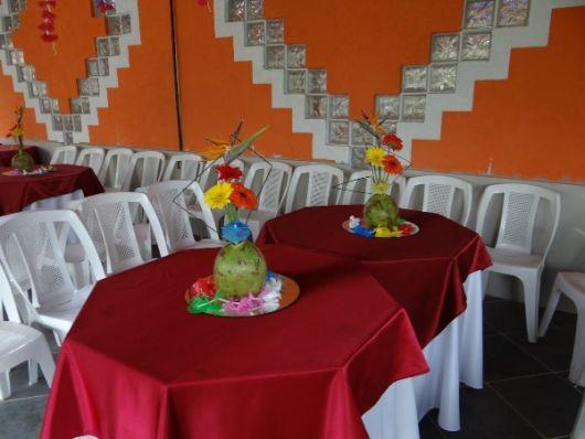 decoração de mesa festa havaiana