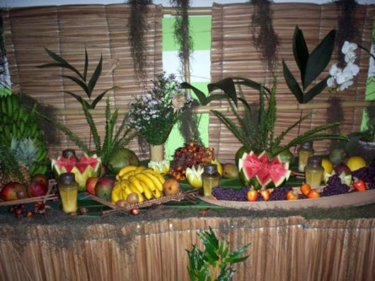 decoração palha festa havaiana