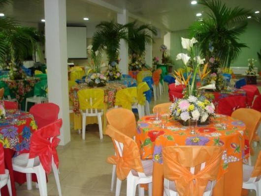 festa havaiana colorida
