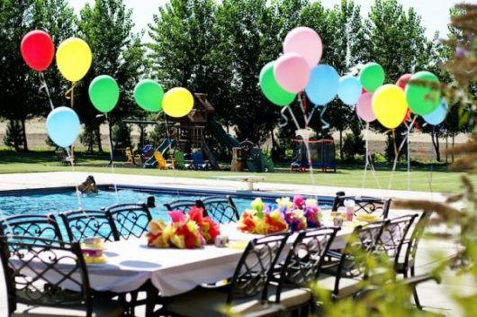 festa na piscina ideias