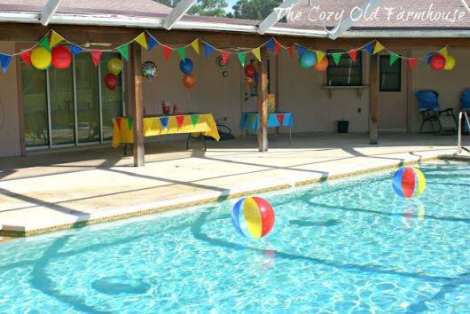 festa na piscina simples