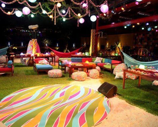 iluminação noturna festa havaiana