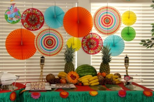 mesa festa havaiana