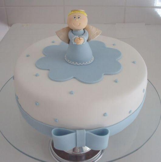 bolo pasta americana azul e branca