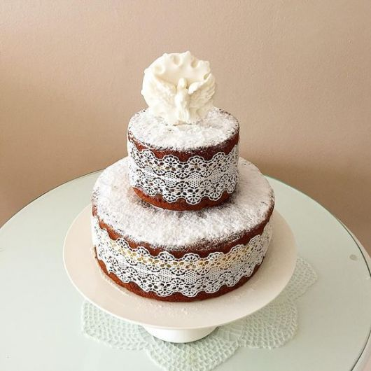 naked cake decorado
