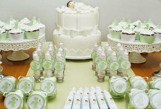 mesa de batismo simples verde