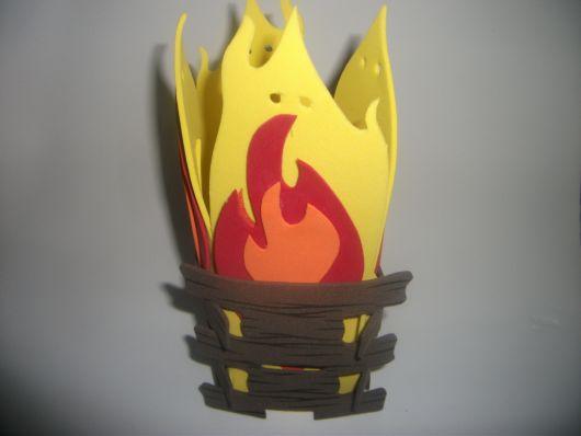 lembrancinhas de festa junina com eva fogueira