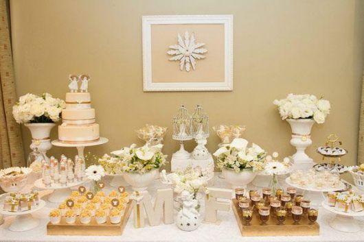 mesa de batismo com luxo