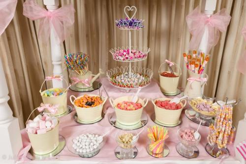 mesa de batismo rosa para menina