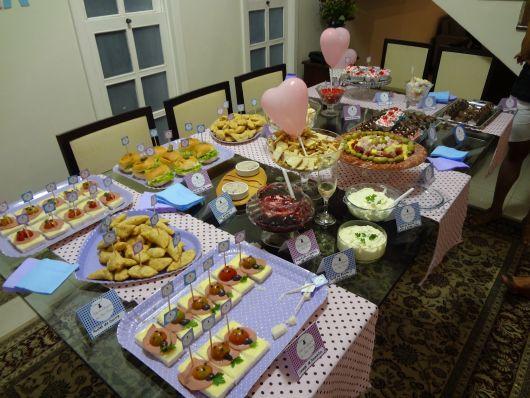 mesa decorada chá de bebê