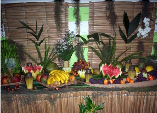 mesa de frutas festa havai