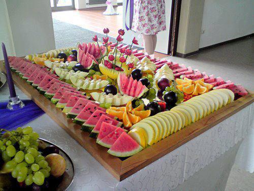 mesa-para-churrasco-frutas