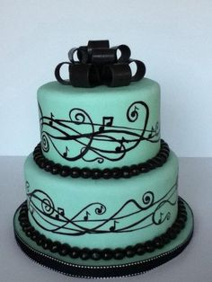 bolo-com-notas-musicais-colorido-como-fazer