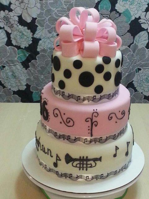 ideias-bolo-com-notas-musicais-15