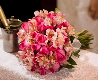 Buquê de astromélias rosa