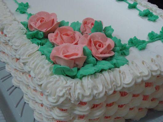 bolo com flores chantilly 4
