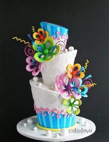 bolo com flores coloridas 5