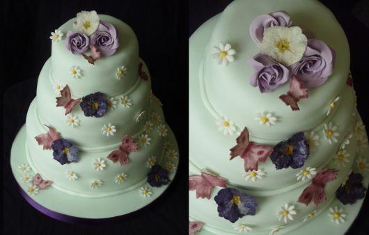 bolo com flores e borboletas 3