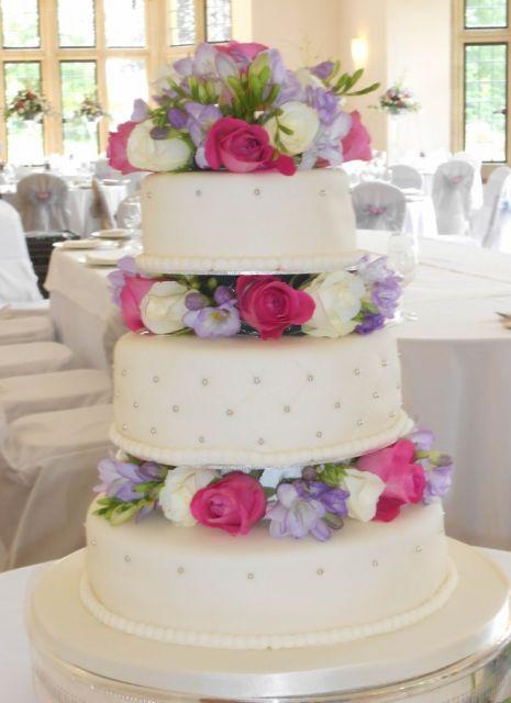 bolo com flores naturais 4