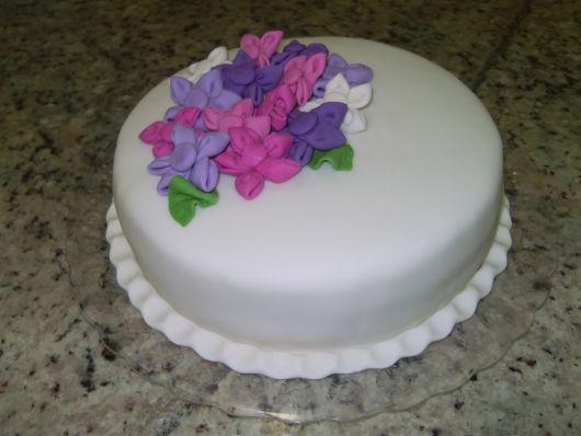 bolo com flores pasta americana 4