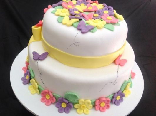 bolo com flores pasta americana 5