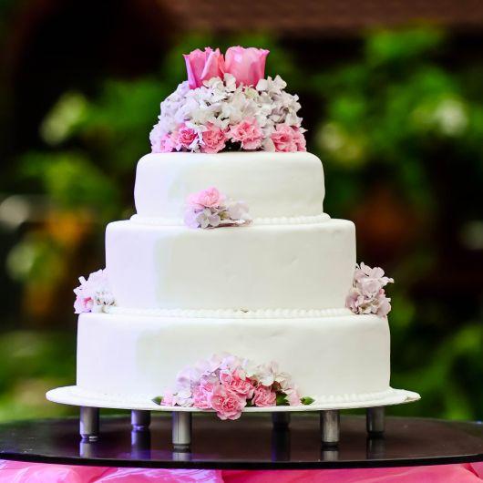 bolo com flores pasta americana 6