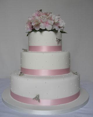 bolo fake com flores 2