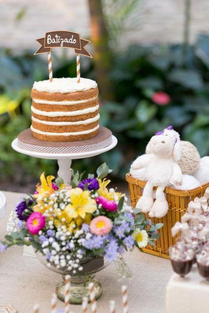 bolo simples batizado