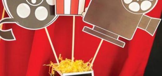 Mesa de centro para festa temática cinema