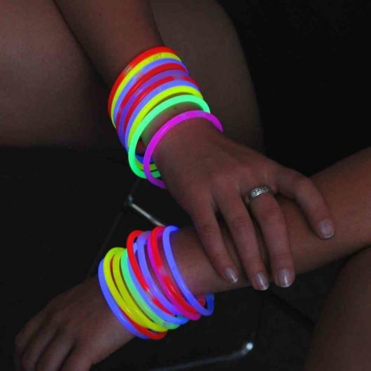 Resultado de imagem para pulseiras neon