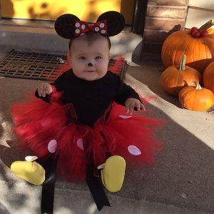 fantasia da Minnie de bebê com tutu vermelho