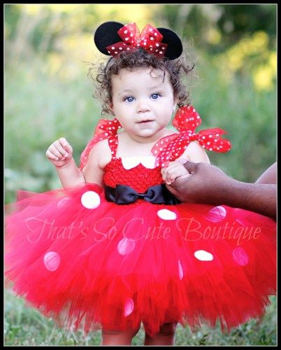 fantasia da Minnie para bebê com vestido de tutu vermelho