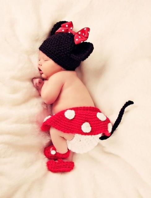 fantasia da Minnie para bebê recém nascido feito de crocê