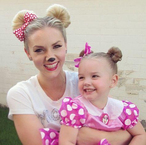 fantasia da Minnie para mãe e filha na versão rosa