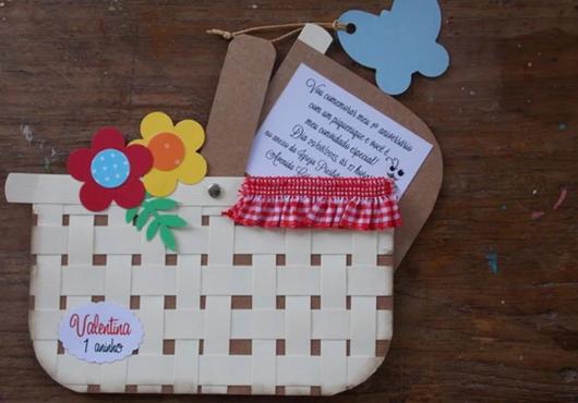 convite com envelope de cesta de piquenique