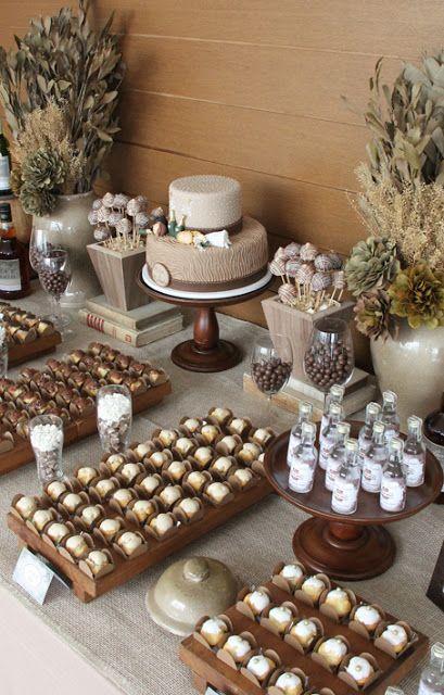 mesa decorada em marrom e bege de festa de 80 anos