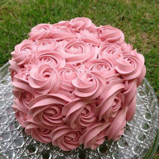 bolo rosa