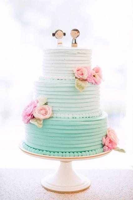 bolo casamento moderno