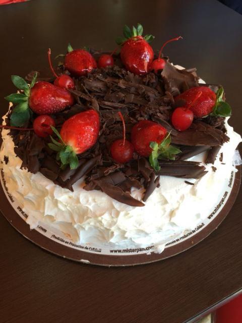 bolo com raspas de chocolate