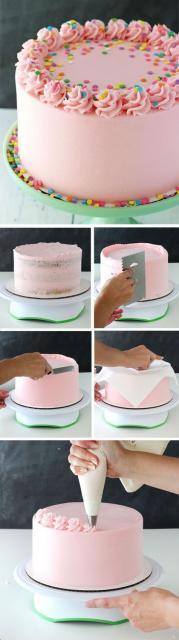 bolo decorado com confeitos