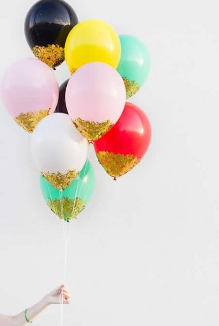 bexigas decoradas com glitter