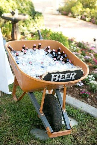 carrinho de construção usado para refrigerar cervejas