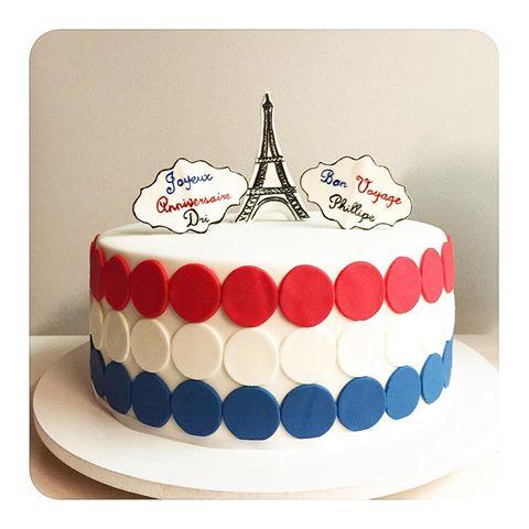 bolo paris com cores da França