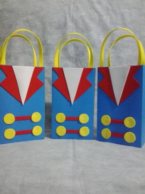sacolas de EVA como lembrancinhas do Pequeno Príncipe