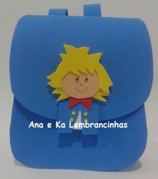 mochila de EVA como lembrancinhas do Pequeno Príncipe