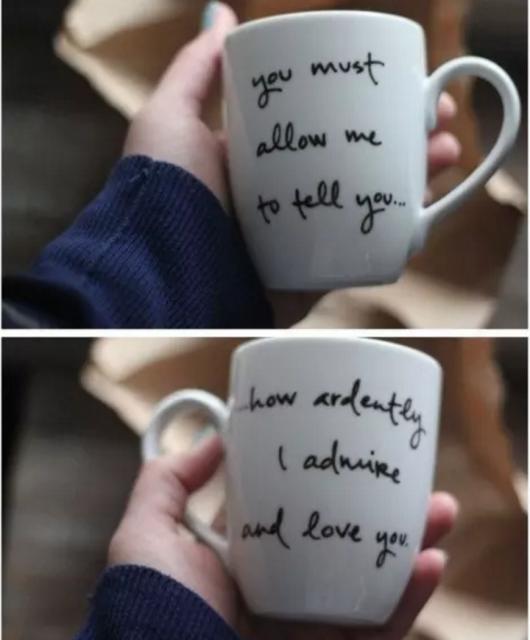 canecas brancas com mensagens de amor