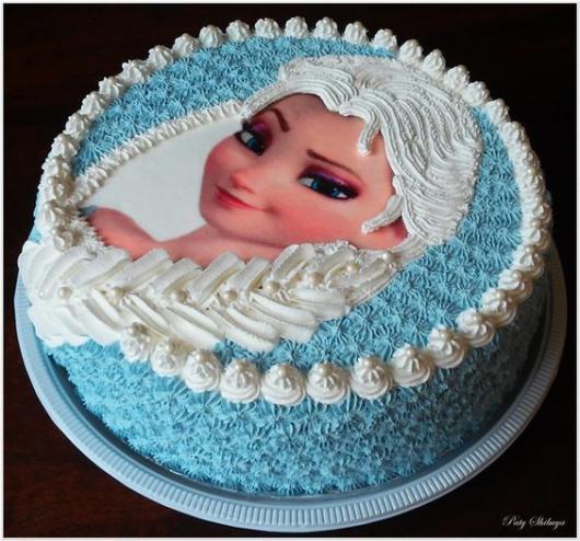 bolo Elsa com trança