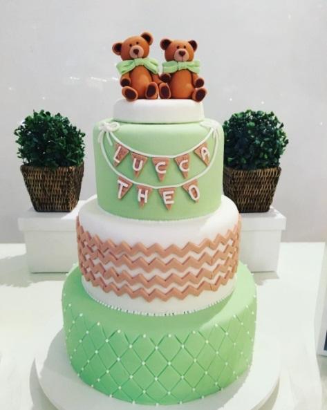 bolo decorado verde