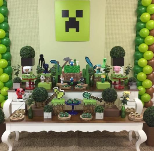decoração verde e marrom