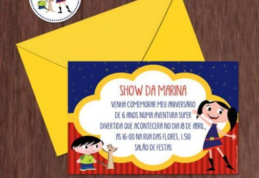 convite Show da Luna com envelope amarelo